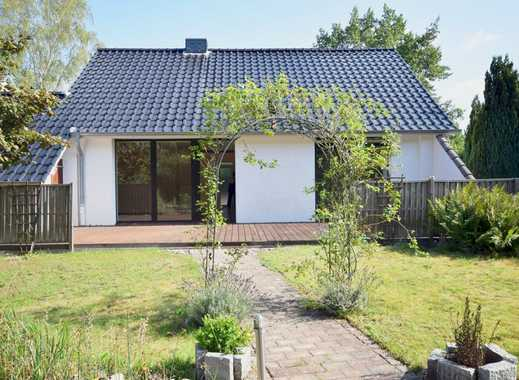 Einfamilienhaus mit Ausbaupotential und schönem Garten- Henstedt-Ulzburg/ Rhen