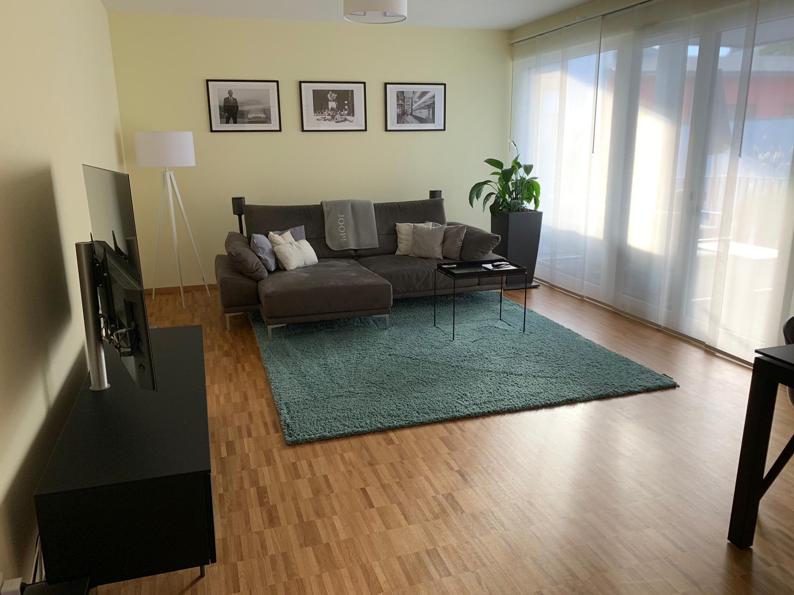 Exklusive, geräumige und neuwertige 3-Zimmer-Wohnung mit Balkon und EBK in Würzburg in Haug (Würzburg)