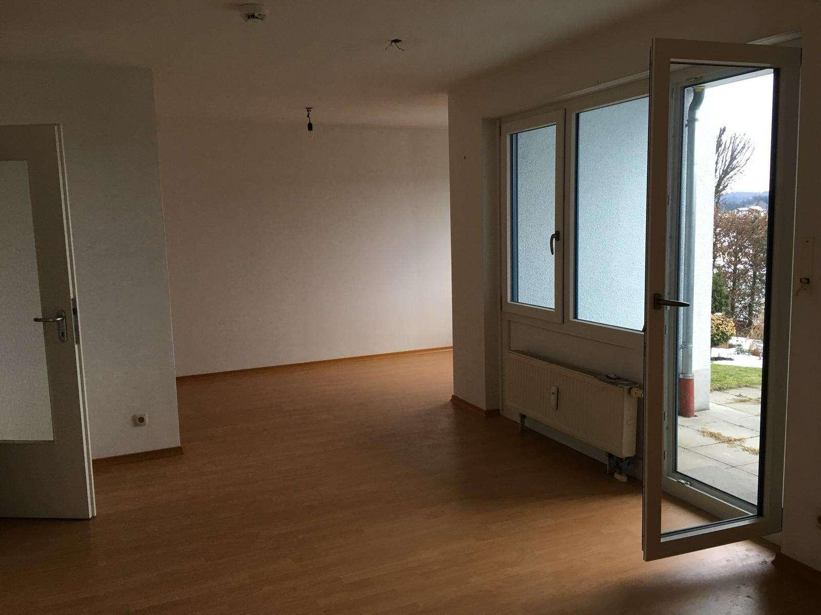 Helle Wohnung mit Terrasse und Garten in Passau, Heining in Heining (Passau)