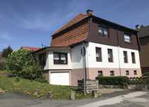Doppelhaus in familienfreundlicher Lage - links