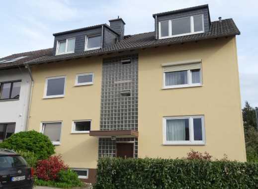 Helle 2-Zimmer-Wohnung im 1.OG in Nieder-Erlenbach mit Süd-Loggia und EBK