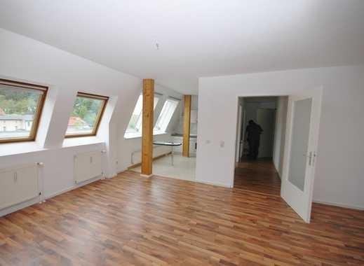 3 Zimmer mit Einbauküche und Panoramablick nahe Rathaus
