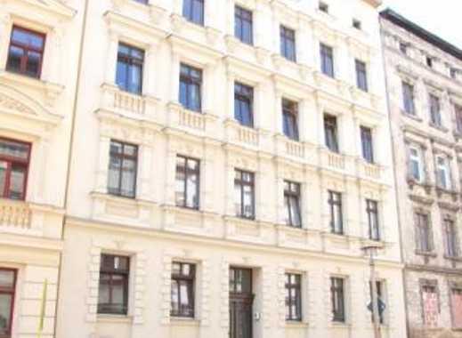 Helle großzügige Familienwohnung mit Dachterrasse und Balkon im sanierten Mehrfamilienhaus