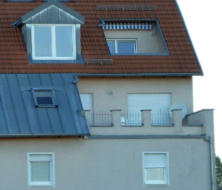 Erlangen Tennenlohe: Gepflegte 2-Zimmer-Wohnung mit Balkon und EBK in Tennenlohe (Erlangen)