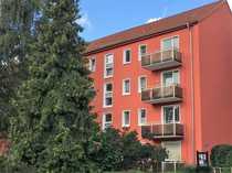 Helle 3- Raumwohnung mit Balkon -