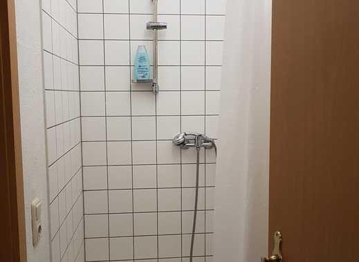 ab 01.04.2019 Flur, Küche, Schlafzimmer,  Toilette .