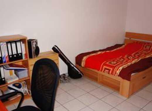 Möbliertes Zimmer in unmittelbarer Uninähe