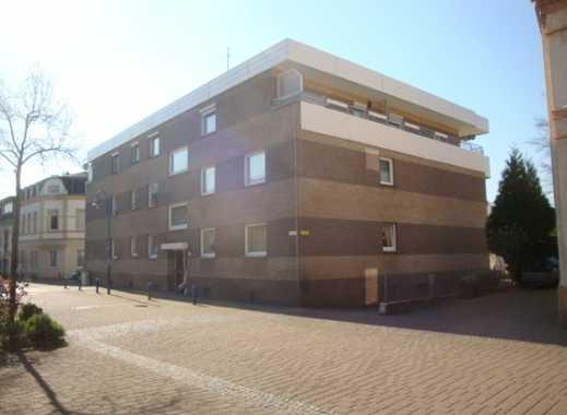 großzügige Eigentumswohnung in gepflegtem Mehrfamilienhaus