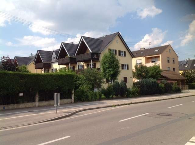 Charmante DG Wohnung, AGB-Pfersee, 680 €, 63 m², 3 Zimmer in Pfersee (Augsburg)