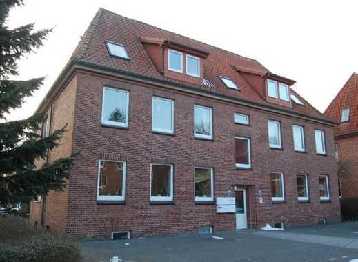 Gepflegte 2-1/2-Zimmer-Wohnung im 1. Obergeschoss in der Nähe des WKK in Heide, Kreis Dithmarschen