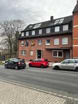 Ansprechendes Mehrfamilienhaus mit angrenzendem Baugrundstück