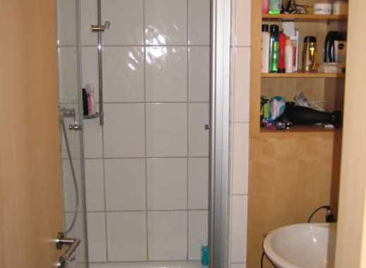 Einzimmerarrpartment mit Küche und Bad für Wochendheimfahrer und Studenten