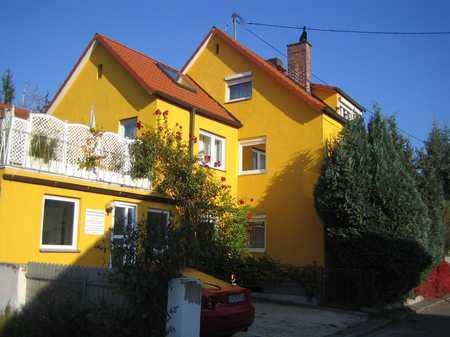 2 Zi.- Dachgeschosswhg. - durch Wohnküche auch WG-fähig – mit Stellplatz in Oberhaunstadt (Ingolstadt)