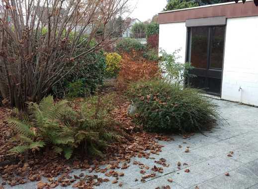 TOPLAGE: Reihenbungalow, barrierefrei mit herrlichem Garten und Terrasse