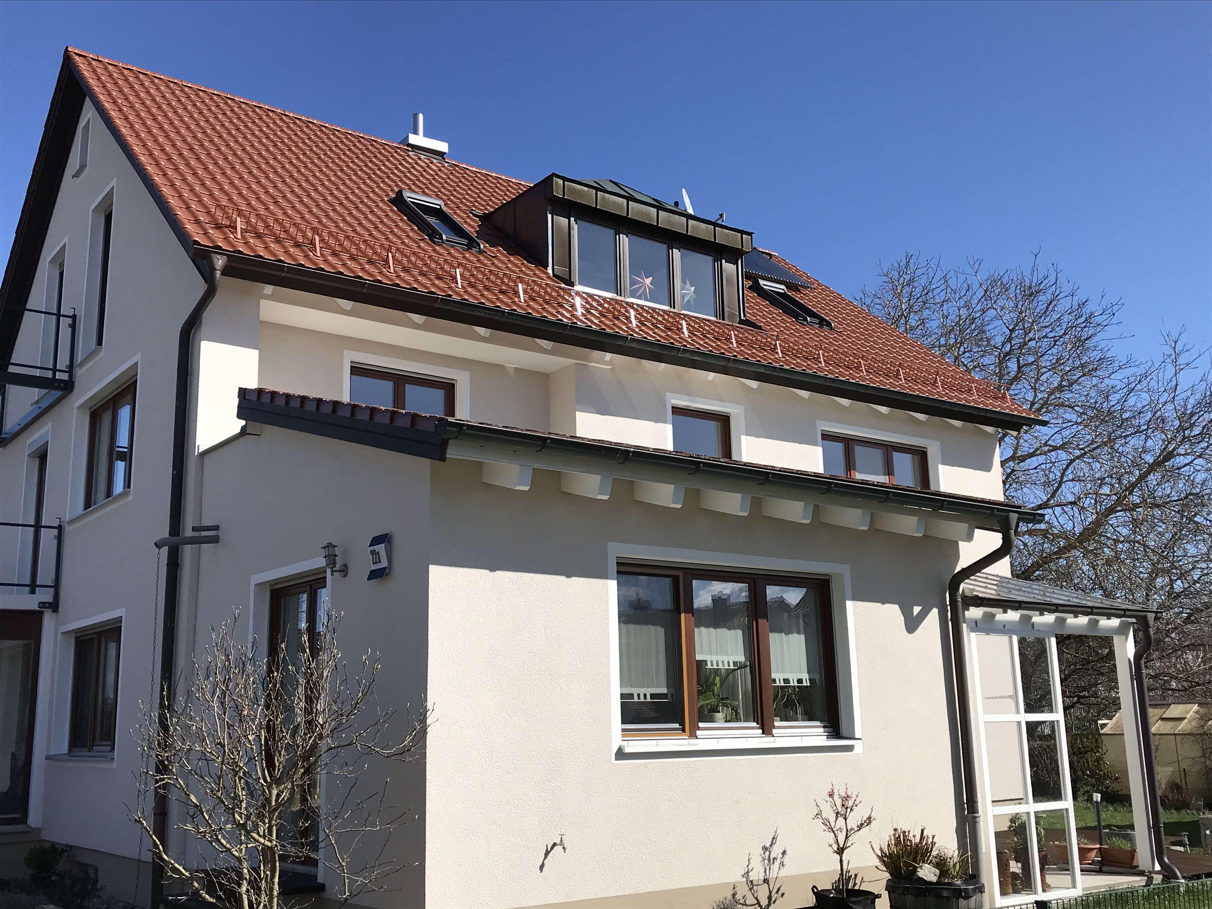 3,5-Zimmer-Dachgeschoss-Wohnung mit Balkonen in Schrobenhausen zu vermieten! in