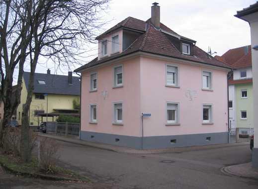 Kapitalanleger aufgepasst: Schönes freistehendes 3-Familienhaus in Durmersheim Nähe Rathaus