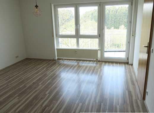 Großzügige und sehr helle 3 Zimmer Wohnung in Dornstetten