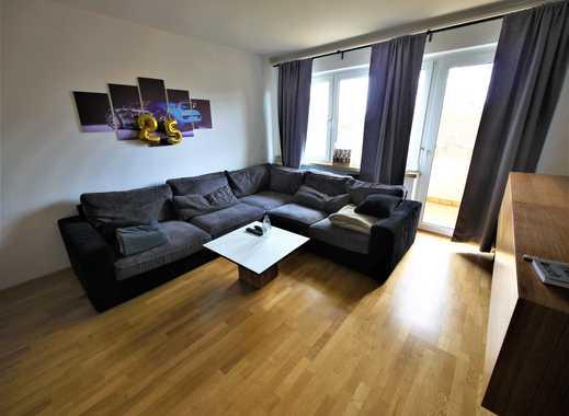 TOP 3- Zimmer - Wohnung I Balkon I Garage I Küche kann übernommen werden I Parkettböden