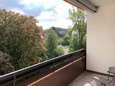 85 m² 3-Zi. - Echtholzparkett - großer Balkon! schöne Innenstadtwohnung! in Coburg-Zentrum (Coburg)