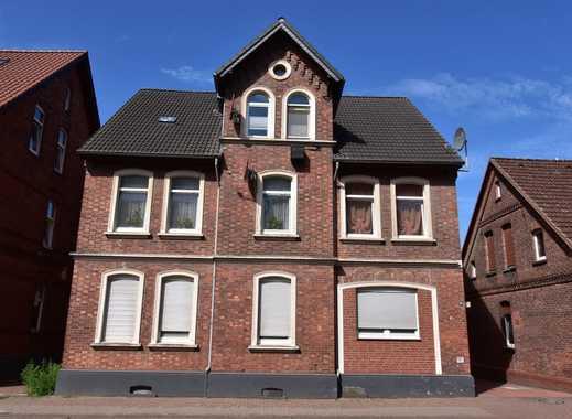 RUDNICK bietet LAGE: sanierte und zentrumsnahe 3-Zimmer-Wohnung mit Ausblick von der Dachterrasse