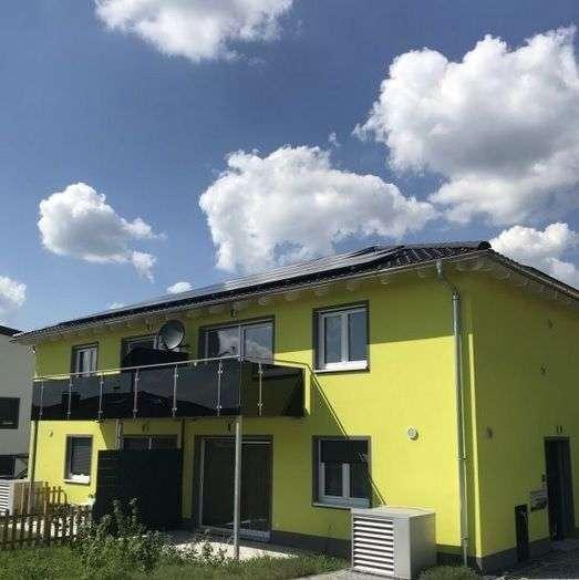 Neubezug - schöne, helle 3-Zimmer-OG-Wohnung mit West-Balkon in Vohenstrauß in Vohenstrauß (Neustadt a.d. Waldnaab)