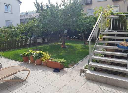 ++Haus mit großem Garten und Neubaupotential ++