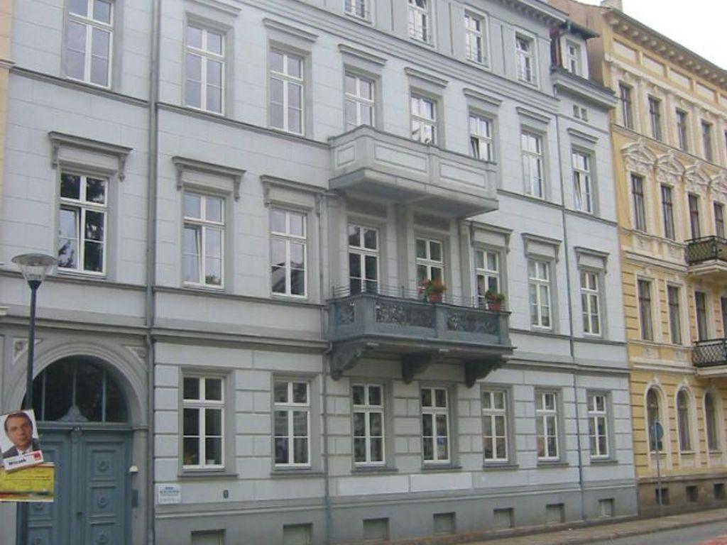 Straßenfassade