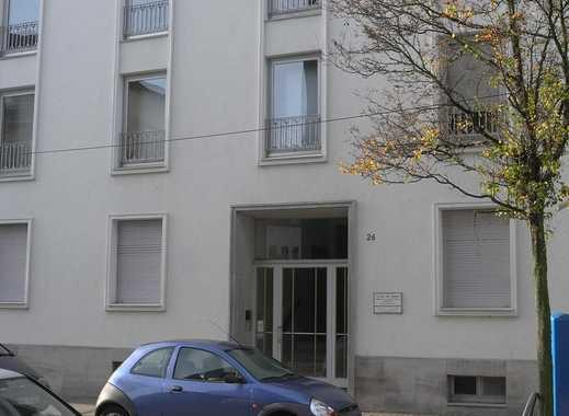 Provisionsfrei!  Freundliche 2 Zimmer Wohnung in seriösem Haus in RY Mitte