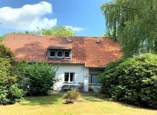 Großzügiges Einfamilienhaus mit großem Garten in Essen-Bergerhausen