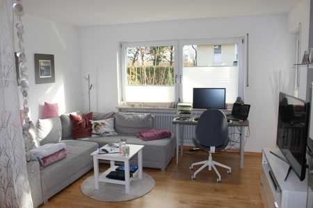 Charmante 3-Zimmer Gartenwohnung mit intelligenter Raumaufteilung in 6-Parteienhaus in Kirchheim! in Kirchheim bei München