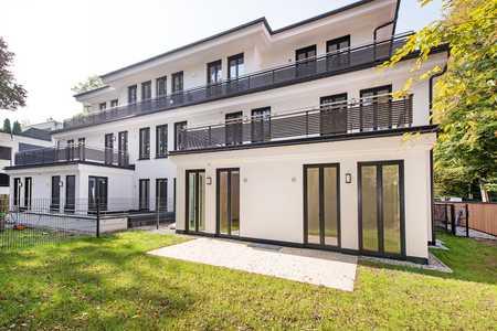 Luxuriöse und lichterfüllte 2-Zimmer-Gartenwohnung in ruhiger Toplage in Harlaching (München)