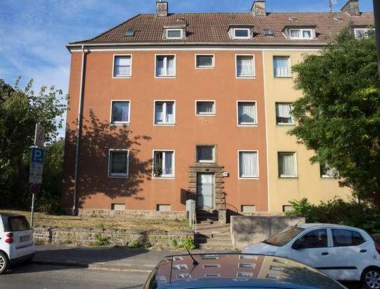 hwg - Kleine Dachgeschosswohnung in zentraler Lage!