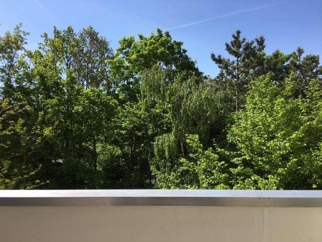 Sonnenbalkon mit Blick ins Grüne - möblierte 1,5-Zimmer-Wohnung in der Nähe Siemens-Campus in Bruck (Erlangen)