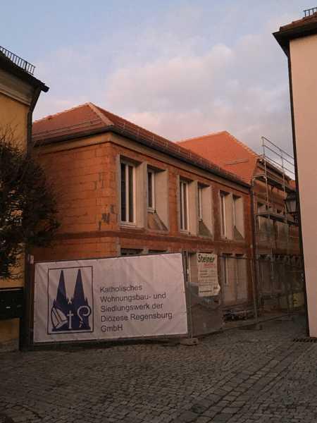 Tirschenreuth-Innenstadt . 2 Zi-Neubau-DG-Wohnung für ältere Menschen in Tirschenreuth