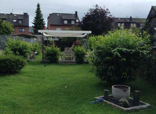 Erdgeschosswohnung mit Gartenmitbenutzung und eigener Terrasse