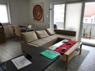 Zolling: schöne helle große 2 Zimmer-Wohnung in Zolling
