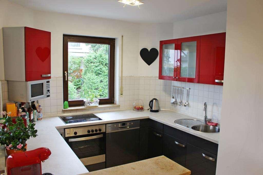 HEGERICH: Helle, gut geschnittene 3-Zimmer-Wohnung mit Balkon und Gartenanteil in ruhiger Lage! in