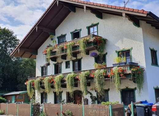 Individuell wohnen: Bauernhaus in zentraler Dorflage - z.B. als Mehrgenerationenhaus