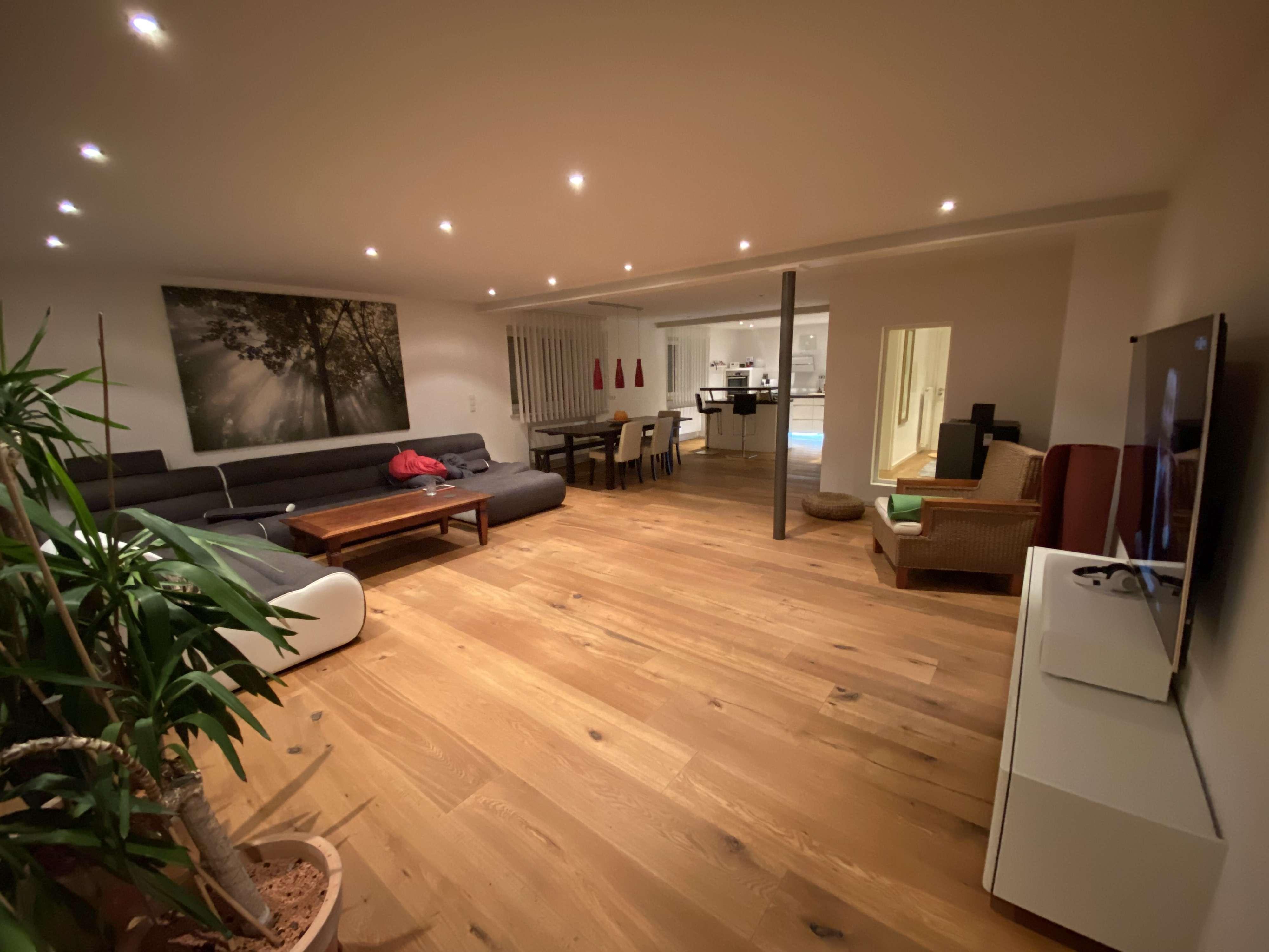 1.200 €, 140 m², 4 Zimmer in Tiefenbach (Landshut)