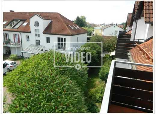 Ruhig gelegene, elegante 2-Zimmer-Wohnung mit ausgebautem Dachspitz und hervorragender Ausstattung!