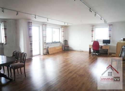 XXL Wohnung mit XL Balkon, 4 Zimmer, Lift, EBK (ablösbar) mit Blick auf`s Alpenpanorama…