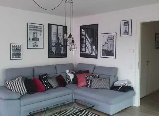 Ansprechende 3-Zimmer-Wohnung mit Balkon und Einbauküche in Bergisch Gladbach