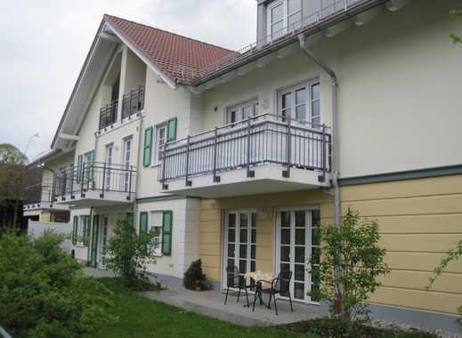 Ansprechende und geräumige 1-Zimmer-Wohnung mit Balkon und EBK in Putzbrunn