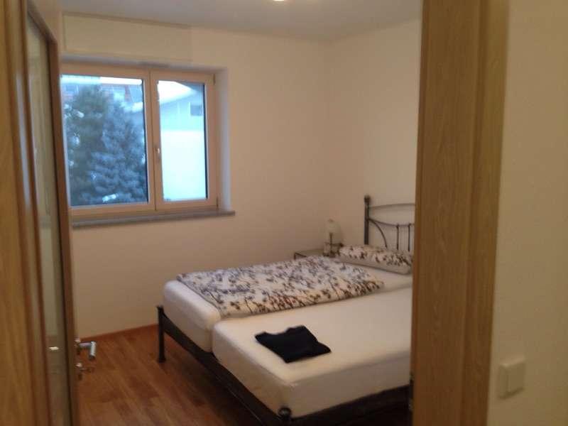 Neuwertige 4-Zimmer-Penthouse-Wohnung mit Balkon und EBK in Freilassing