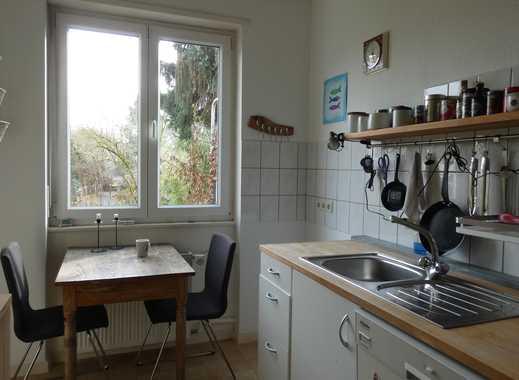 Zimmer frei: ruhig und hell, mit Terrasse und Garten, Uni-Nähe, neu renoviert