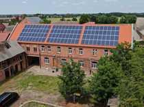 Mehrfamilienhaus mit neuem Dach neuen