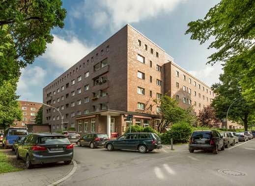 Dachgeschoss, Einbauküche, Balkon, umfassend modernisiert