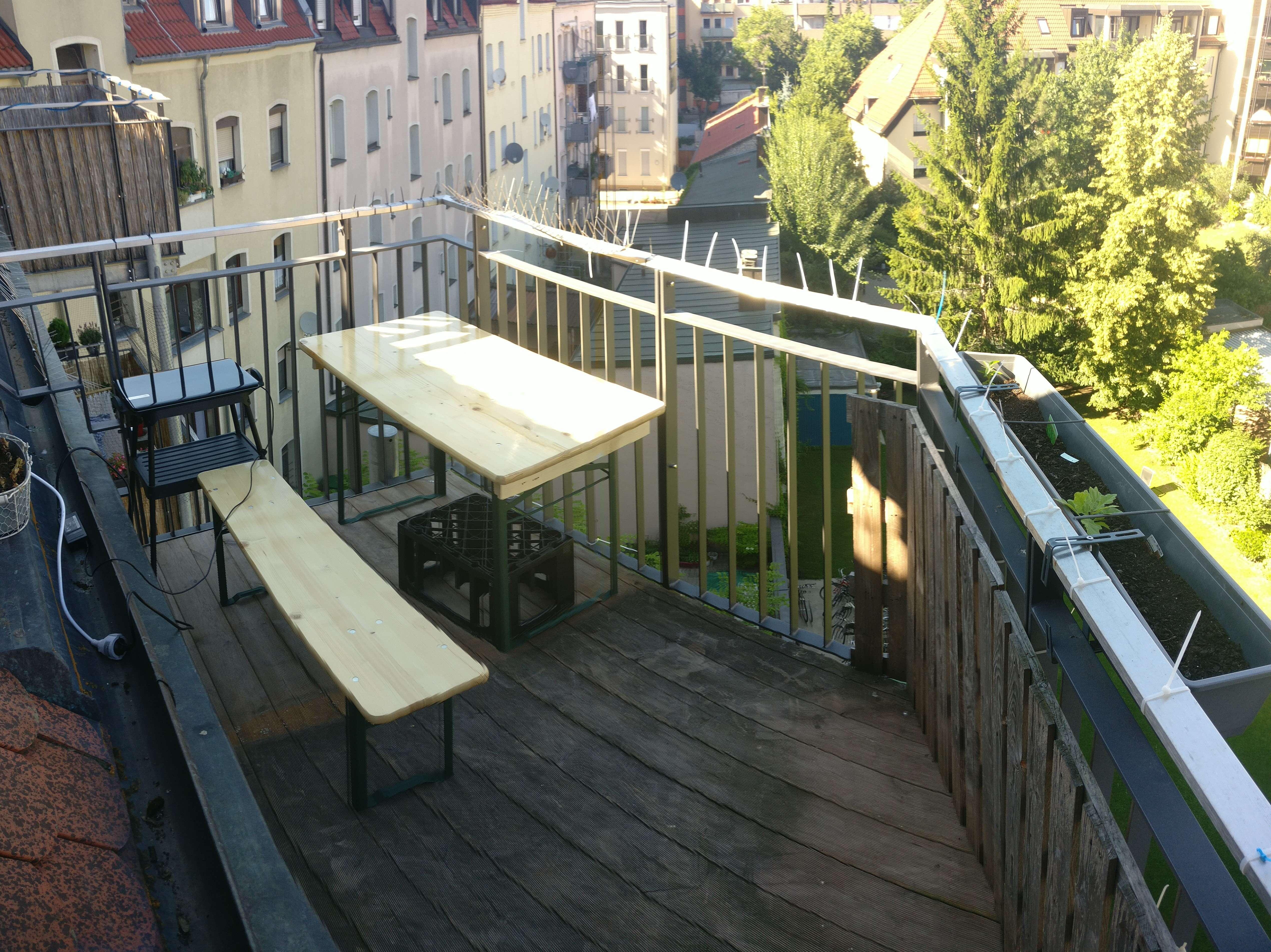 Nürnberg Nord: süße 2-Zimmer DG-Wohnung mit Balkon