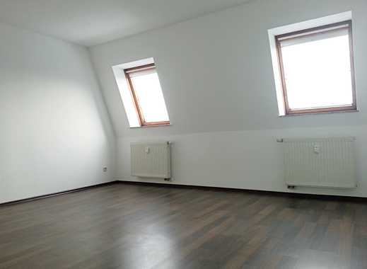 Naturnah wohnen! Ruhige 3-Raum Wohnung im Dachgeschoss