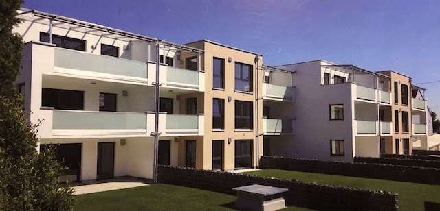 Hochwertige Wohnung 3 ZKB mit Balkon, WC, Aufzug und TG in Höchstädt in Höchstädt an der Donau